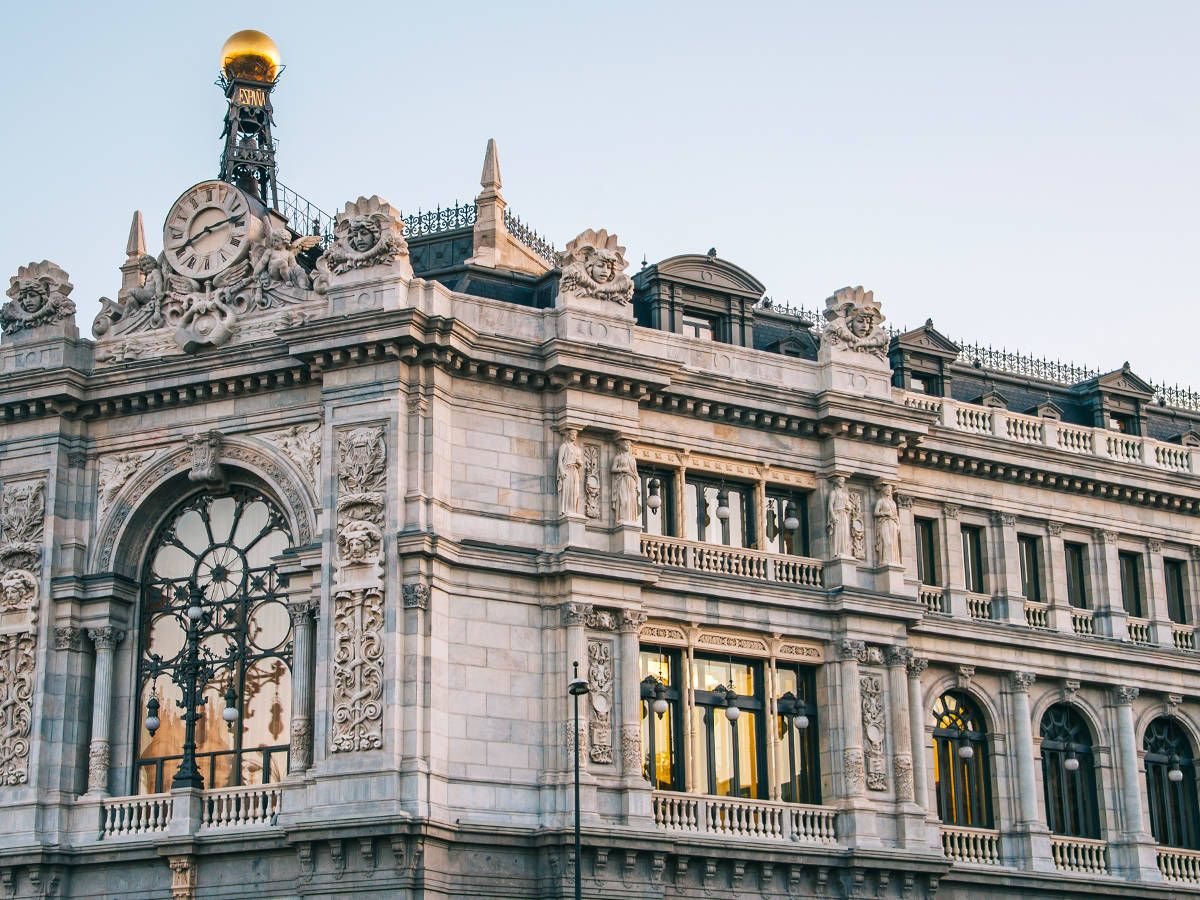 Photo: Bank of Spain headquarters. (iStock)