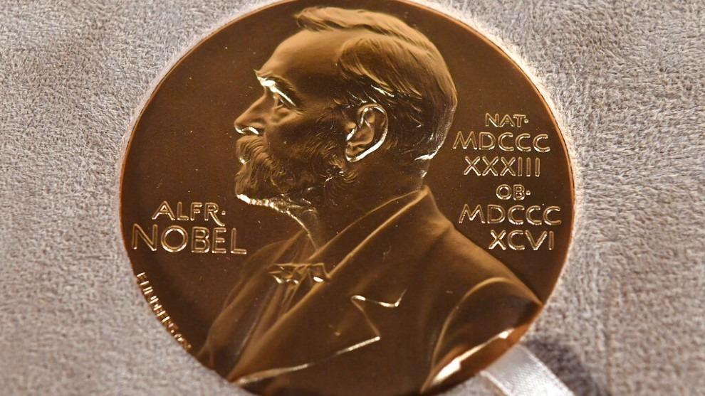 1634178800 963 quien gano el premio nobel de economia 2021
