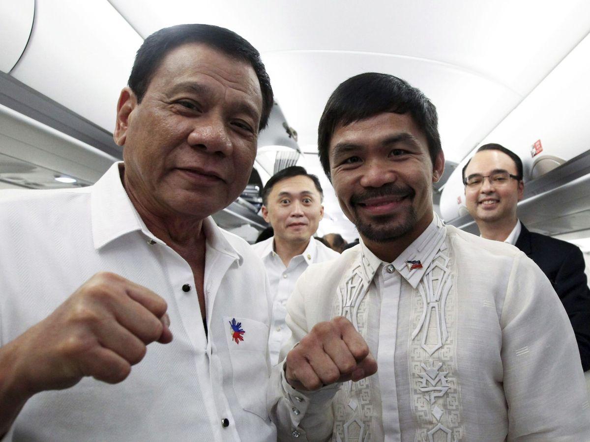 Photo: Rodrigo Duterte, President of the Philippines, with Manny Pacquiao. (EFE)