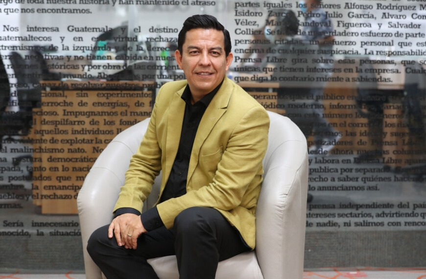 Aroddy: the Guatemalan nominated for the Latin Grammy for best Christian album and who began his dream cleaning houses