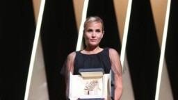 "At the 2021 Cannes Film Festival, a Palme d'Or that divides for ""Titanium"" by Julia Ducournau"
